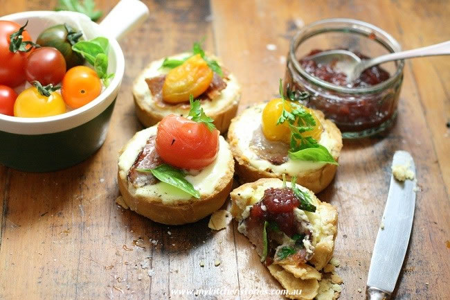 Tomato tarts with Goats curd on a tray