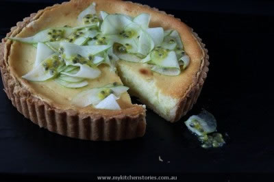 Yoghurt Tart with fruit