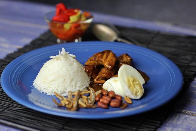 Nasi Lemak on a blue plate