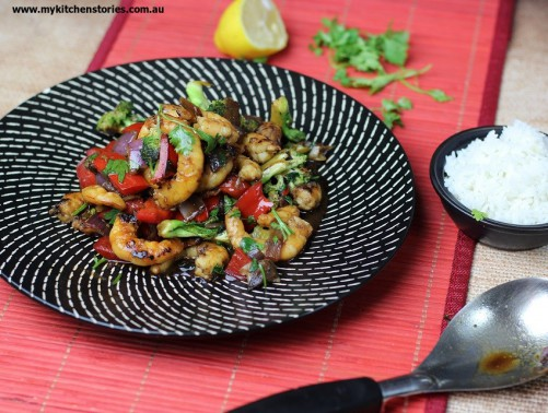 Prawns broccoli and Red capsicum with ginger