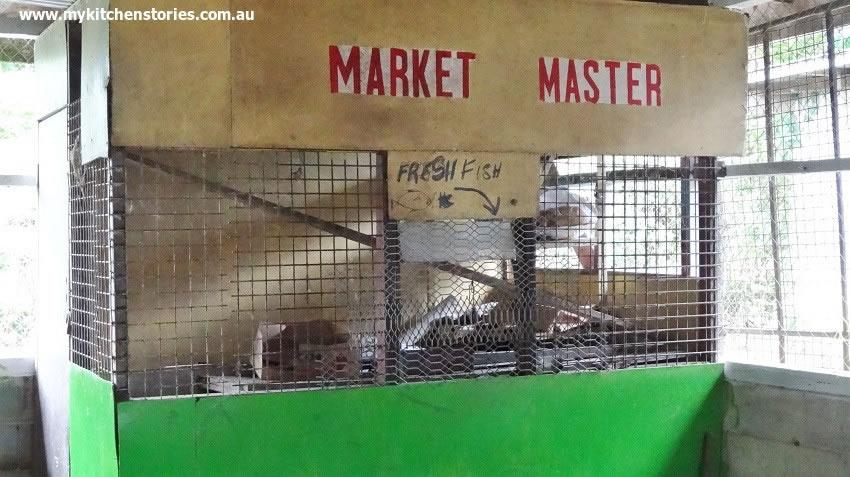 Up market fish market