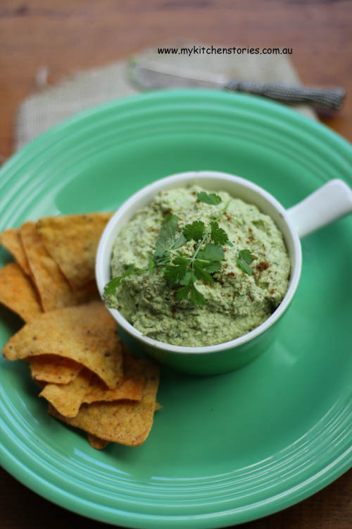 Guacamole without avocado with corn chips