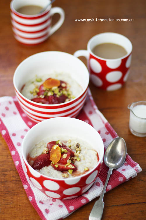 Oats with Maple syrup Strawberries in red dishes