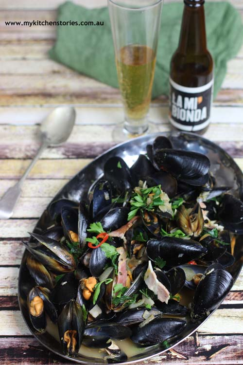 Steamed mussels with beer