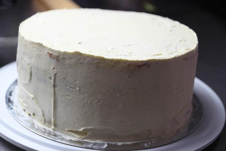 cake base spotted cake