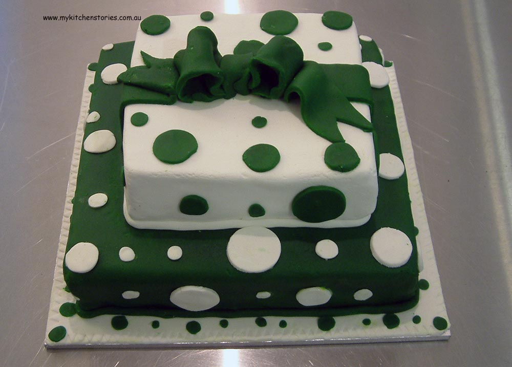 Green and white Spotted cake
