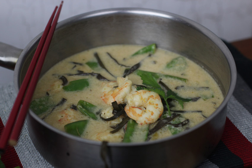 Prawns,seaweed and coconut