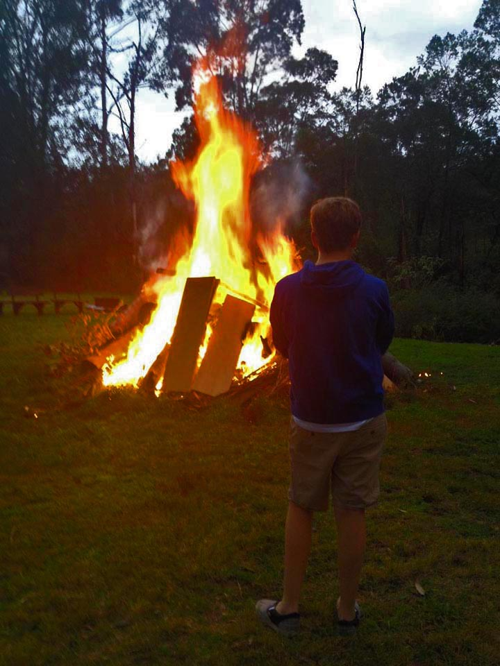 Scarey big fire