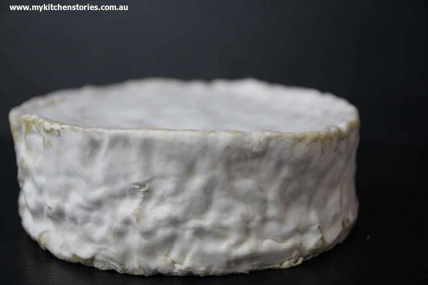 Brillat savourin triple cream cheese