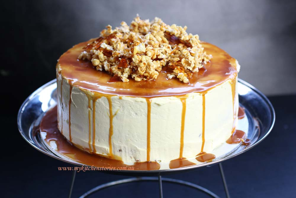 Carrot cake with Caramel and Popcorn