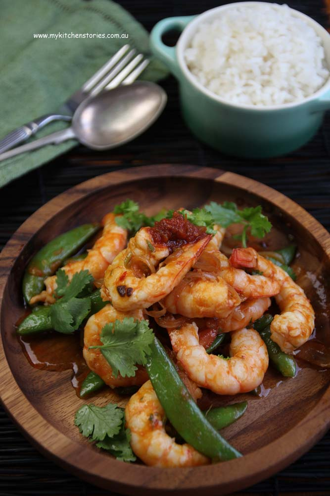 Prawns and Rosas chilli sauce