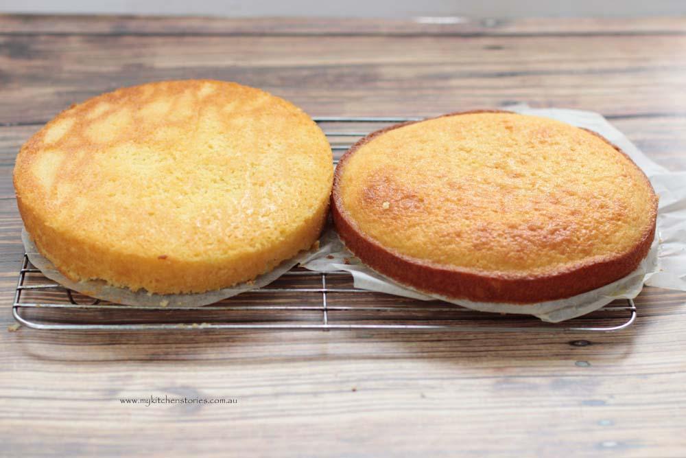 esiest sponge recipe baked  and golden