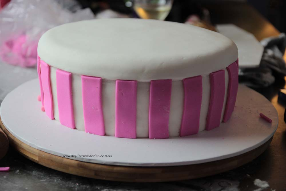 Pink Bow cake pink stripes
