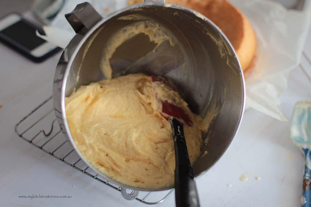 easiest sponge recipe in a bowl