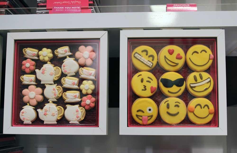 Elenis bakery cookies