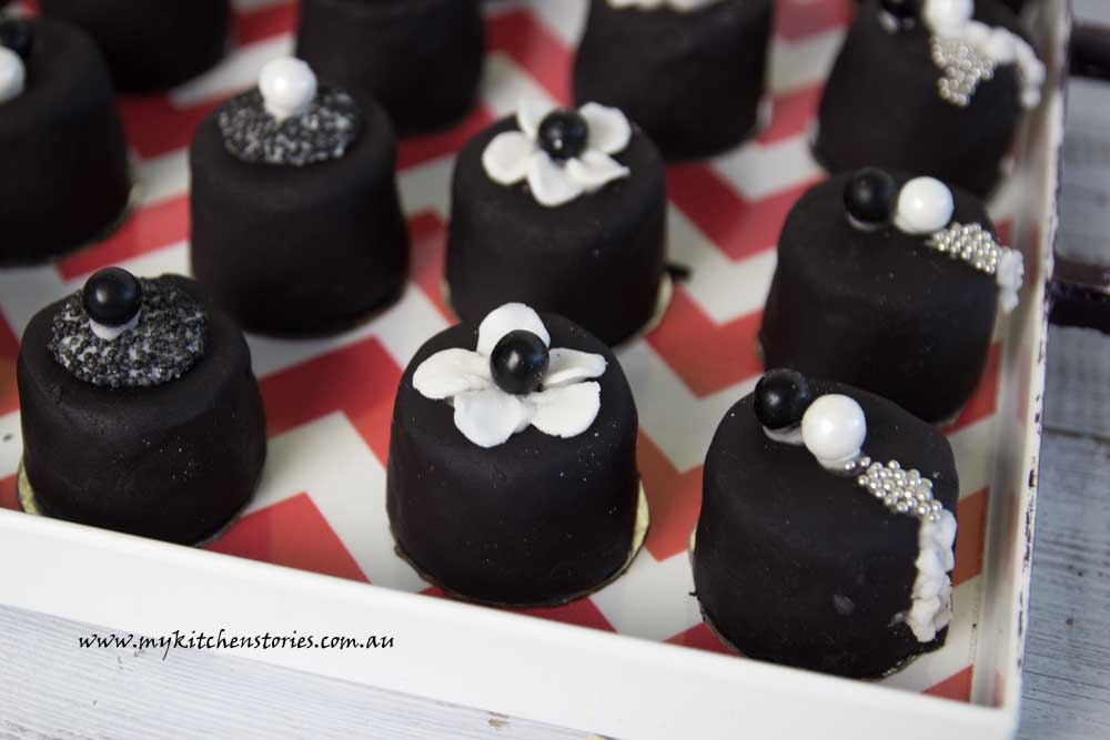 Black Jewel Cupcakes