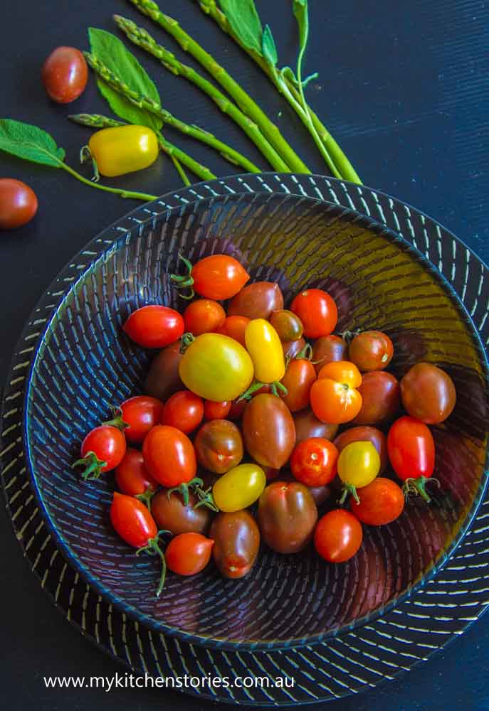 heirloom-tomatoes-and-asparagus