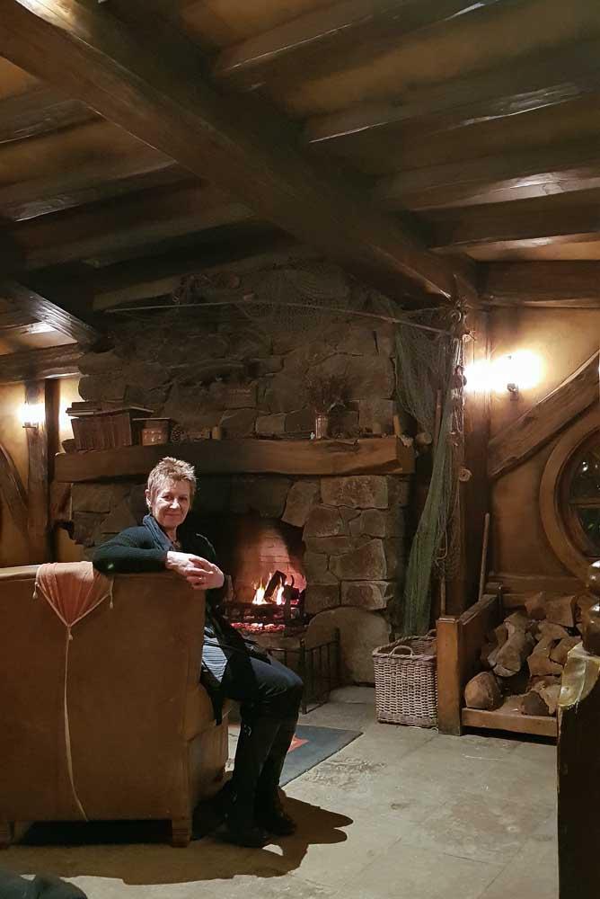 The Green Dragon fireplace, Hobbiton