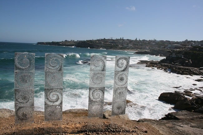 the three sisters at sculture by the sea