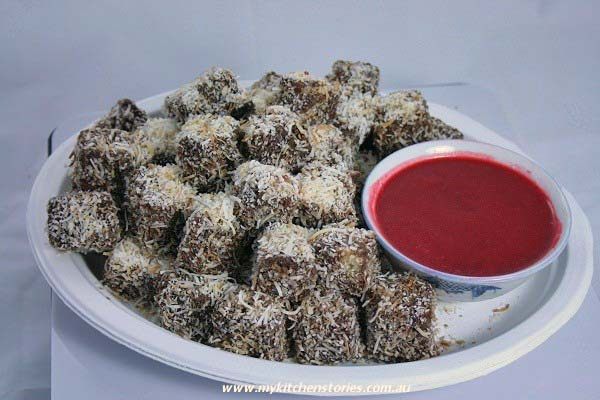 Lamington Pops