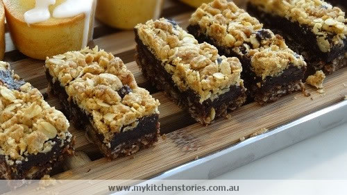Chocolate Date Slice with crumble