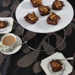 Rosemary Brownies with caramel