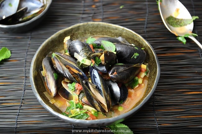 Mussels and Leeks with anchovies