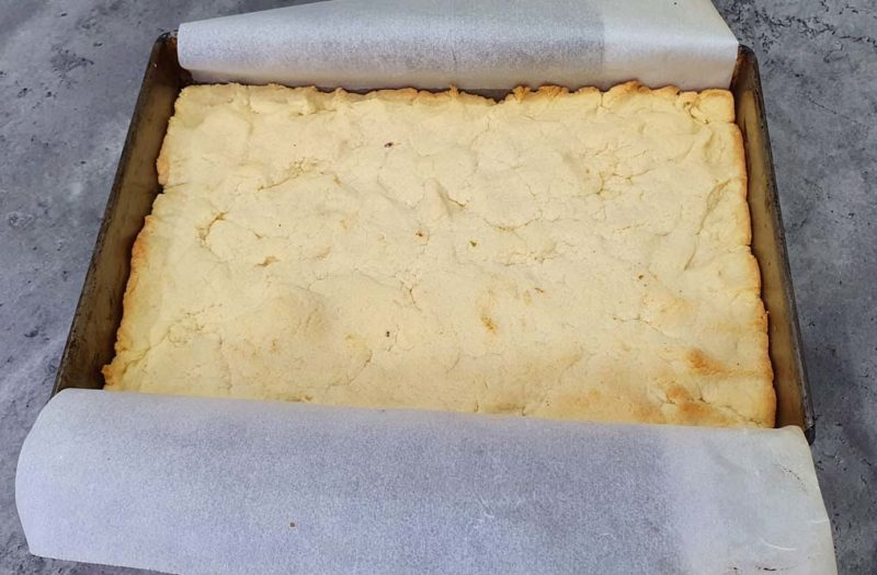 a baked pastry base