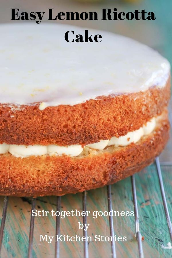 Stir together lemon ricotta cake with a layerr of ricotta cream