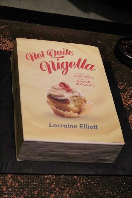 Lorraines Book cake
