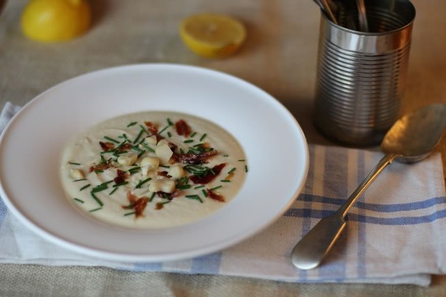 Cauliflower macadamia Soup