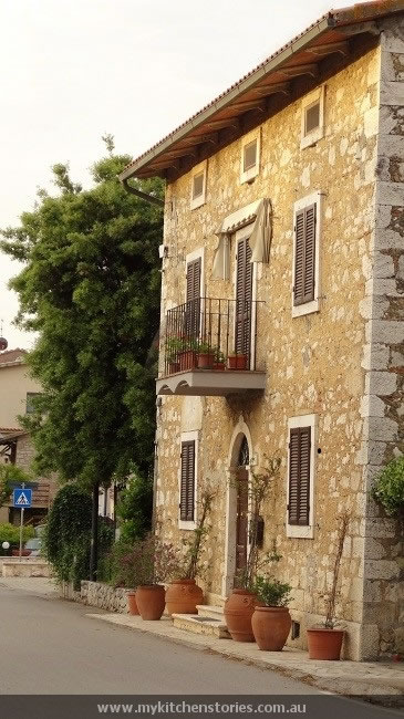 The old town Saternia