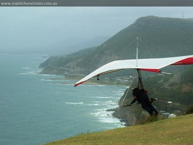 Hang gliding at Stanwell tops