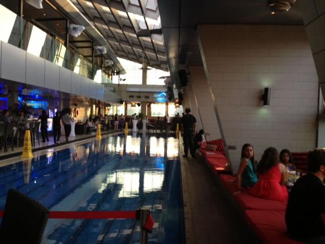 Traders Pool bar
