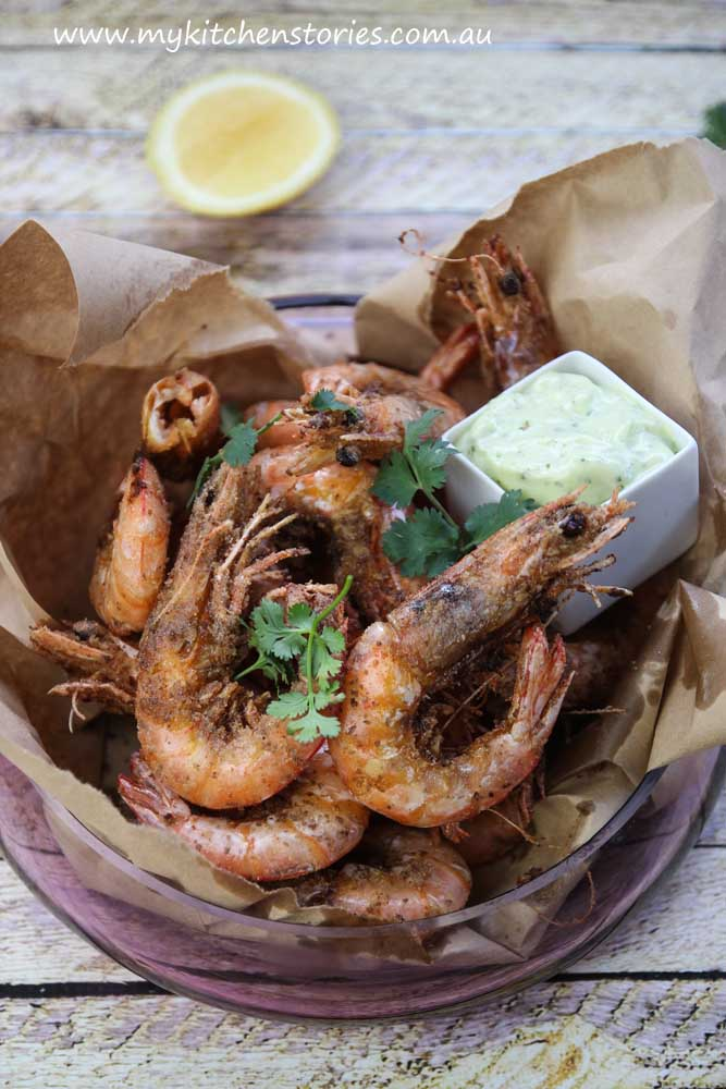 Salt and Pepper Prawns in paper