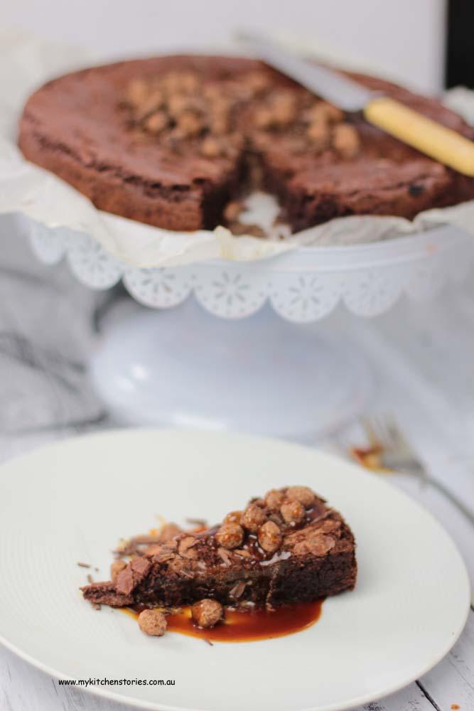 Caramel brownies and chocolate