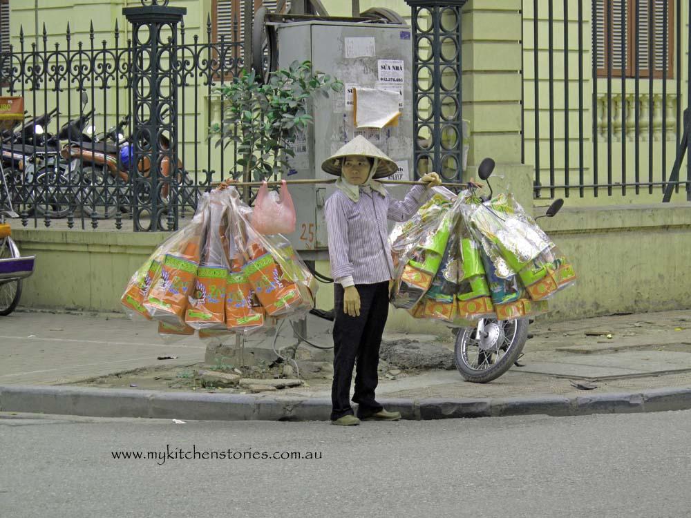 https://www.lonelyplanet.com/vietnam/hanoi/activities/food-drink/hanoi-street-food-walking-tour