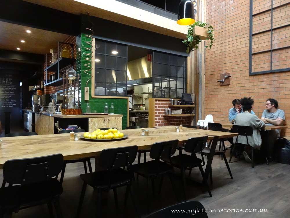 Share table Roastville, Marrickville