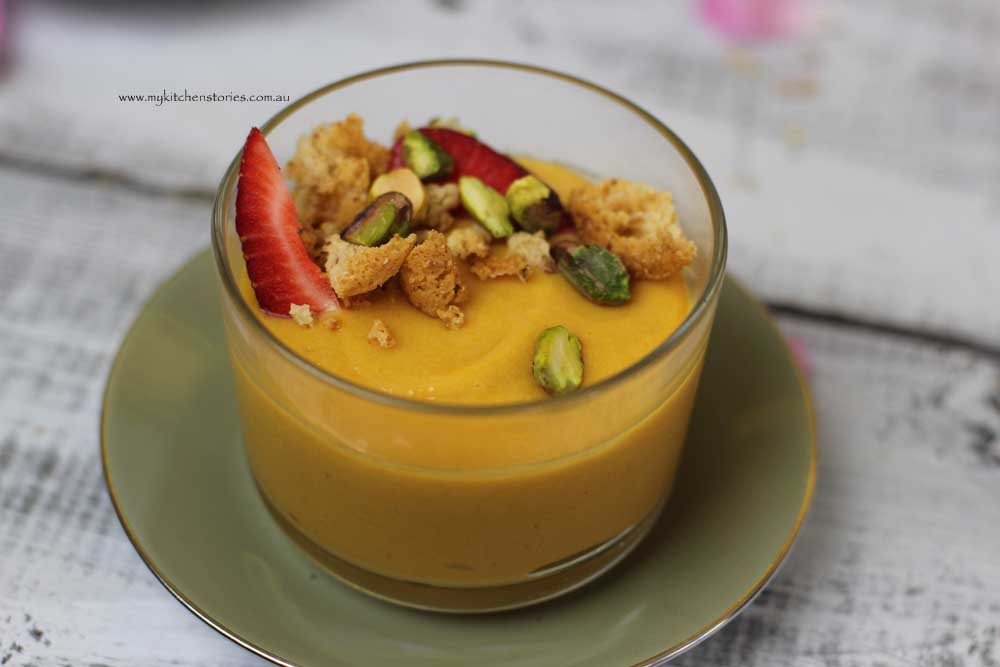 Apricot and Pistachio pudding