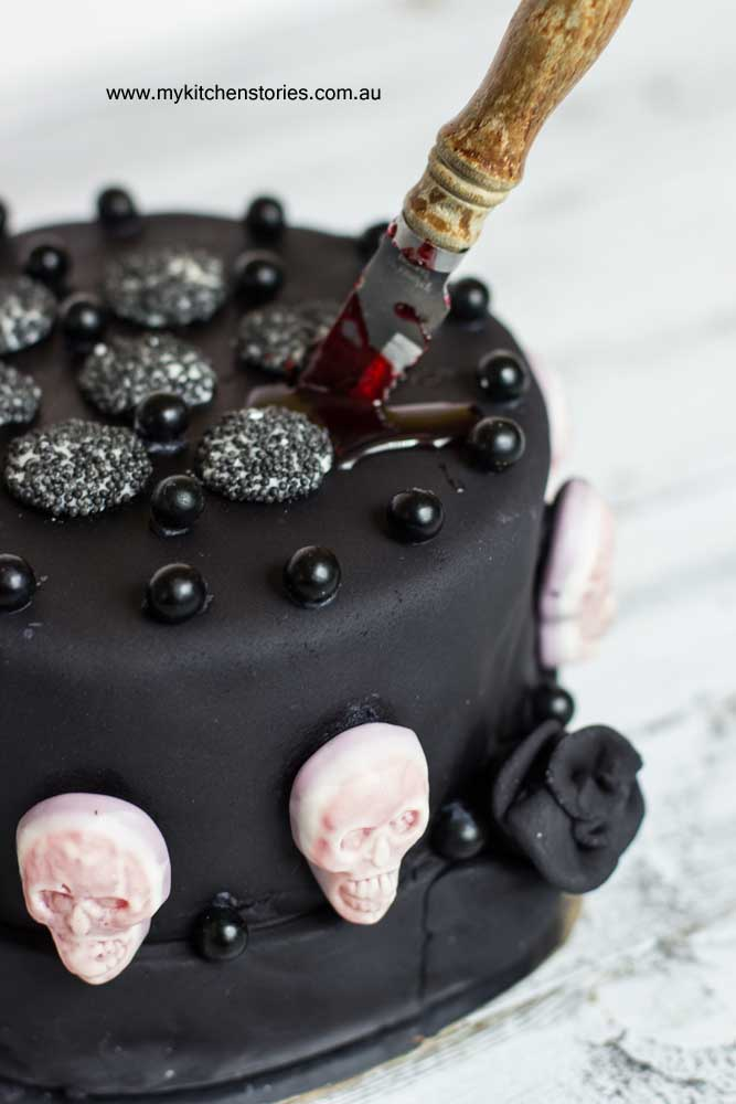 Halloween Chocolate Cake with skulls