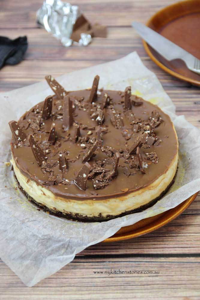 Toblerone cheesecake with chunks of toblerone