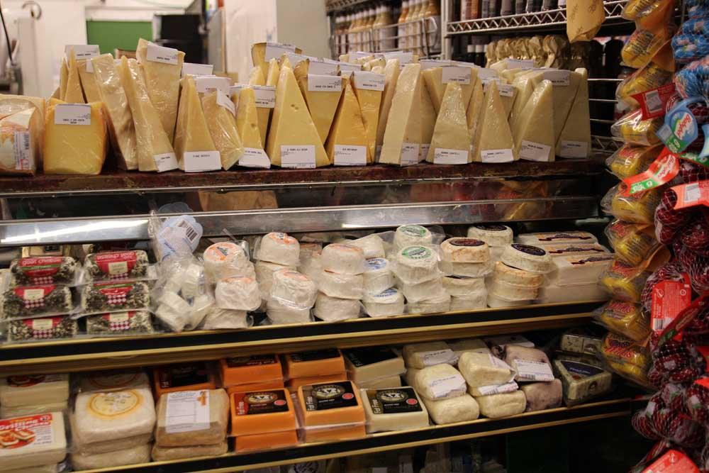 Manhattan Fruit exchange Cheeses