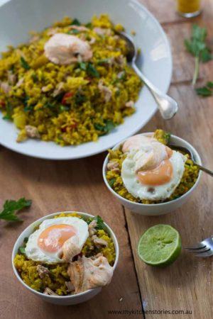 Turmeric Tuna Rice in a large plate with two bowls in front