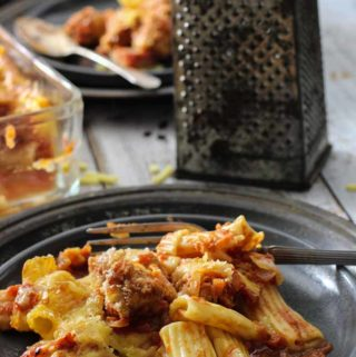 Easy baked Pasta and Meatballs