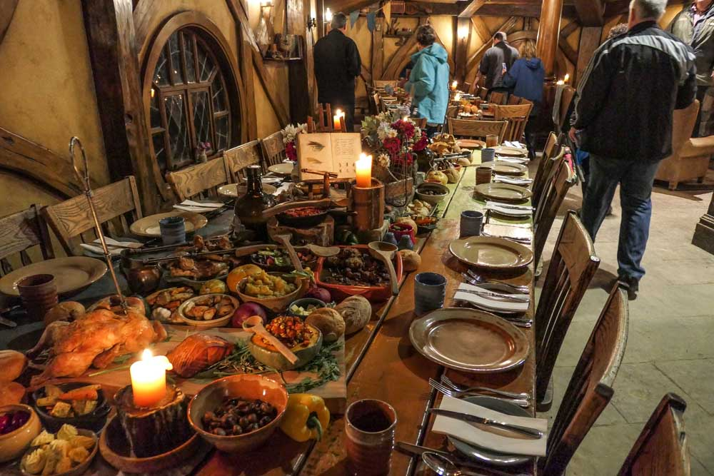 The Banquet at the Green Dragon, Hobbiton