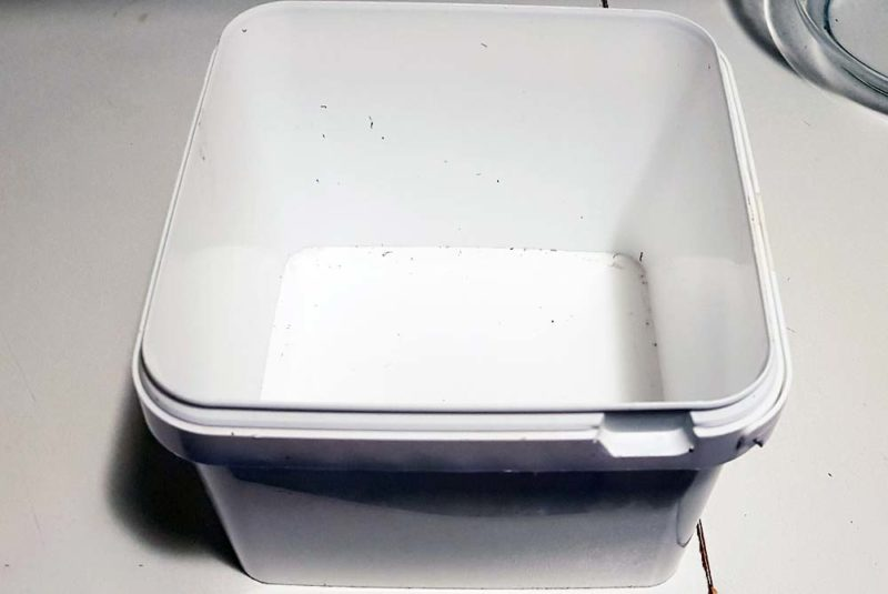A square container for cooking microwave cake