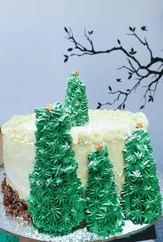 Ginger and caramel cake with vanilla buttercream