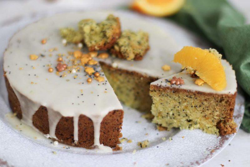 orange poppyseed cake with orange segments