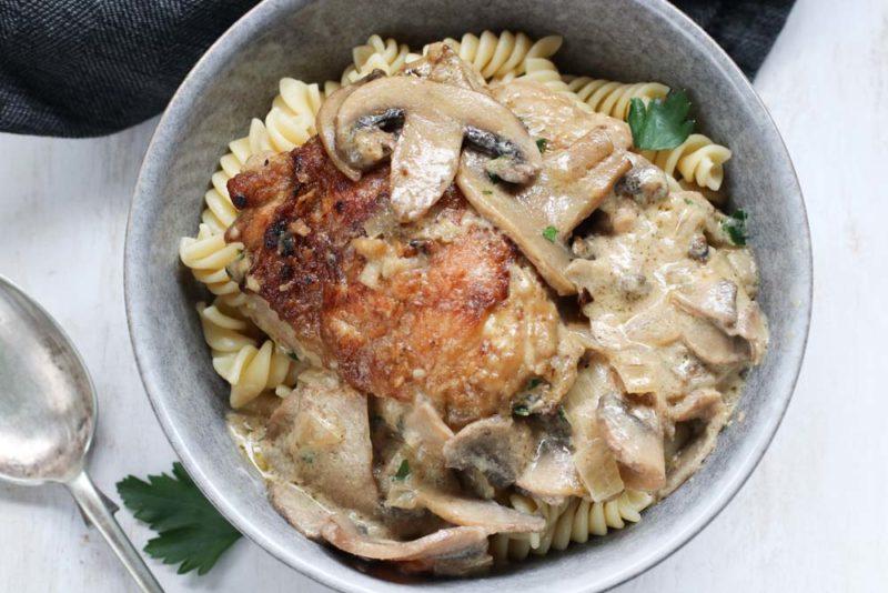 Chicken Stroganoff in a grey bowl